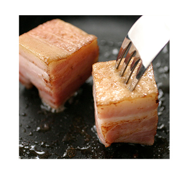 ベーコンのサイコロステーキ