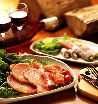 ロースハム ベーコン 食卓の風景